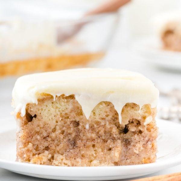 Google Web Story - Cinnamon Roll Poke Cake
