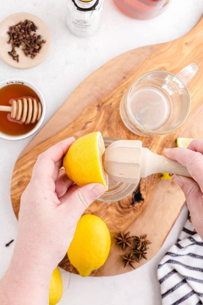 juicing lemon