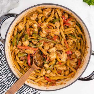 chicken fajita pasta featured image