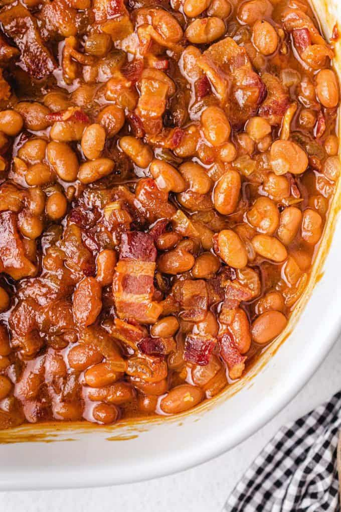 zoomed in baked beans