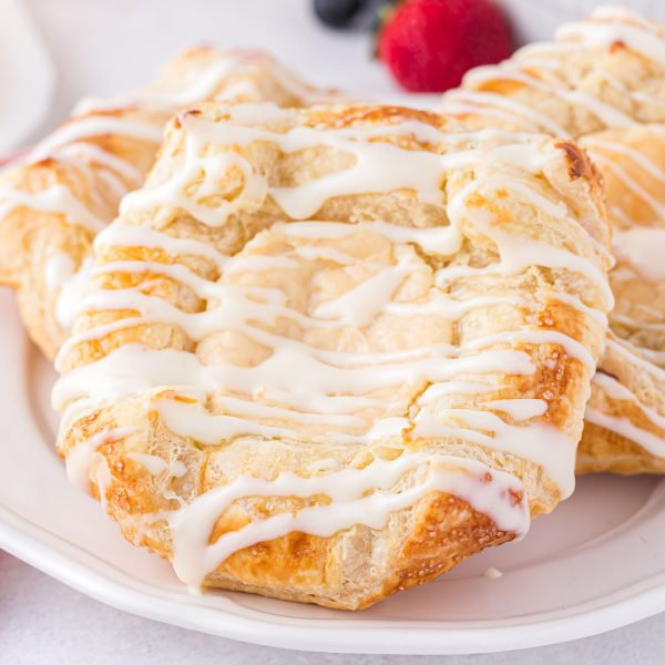 cream cheese danish featured image