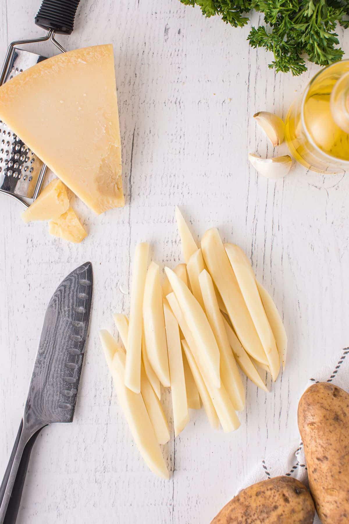 potato cut into fries