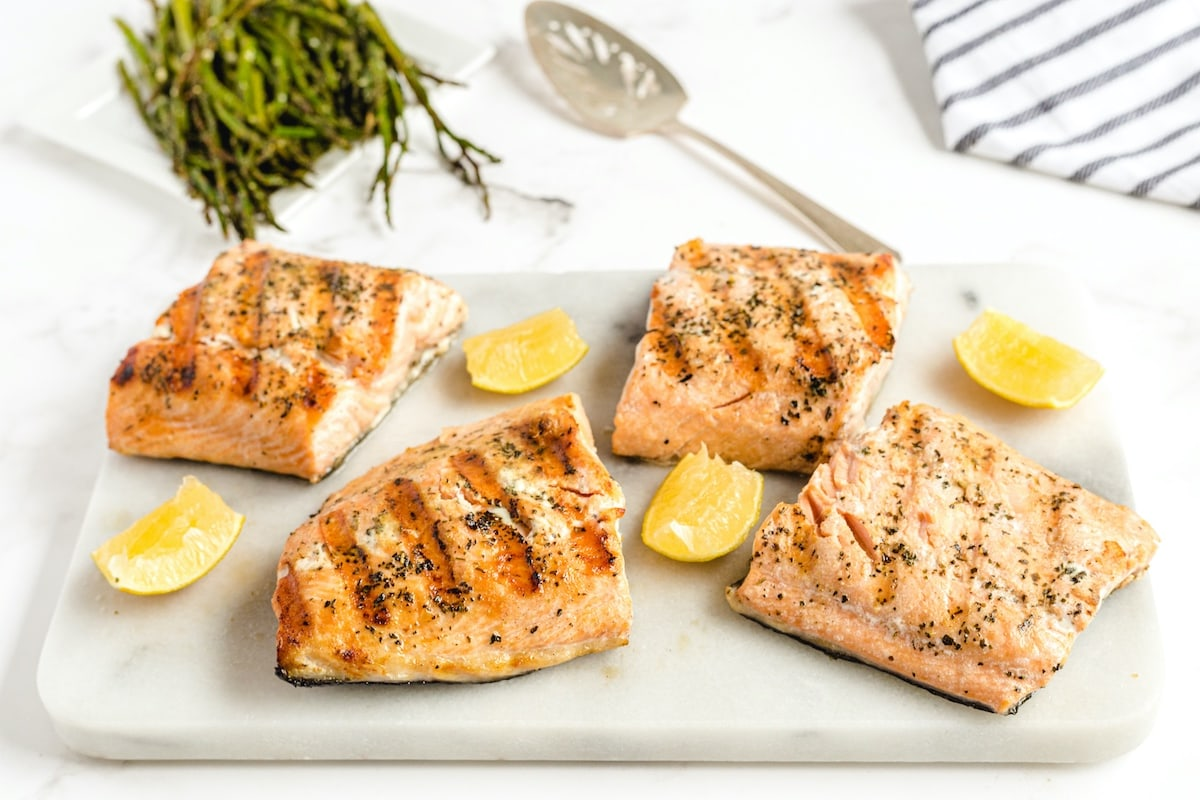 4 pcs grilled salmon