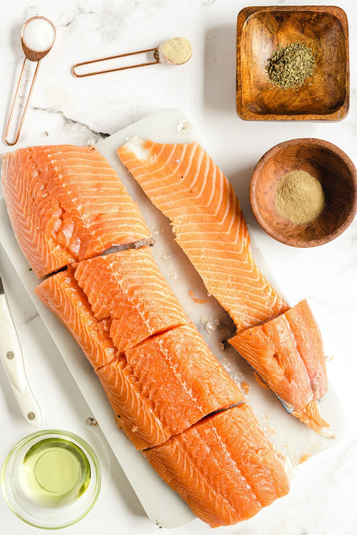 Cut the thick portion of salmon into 4 servings