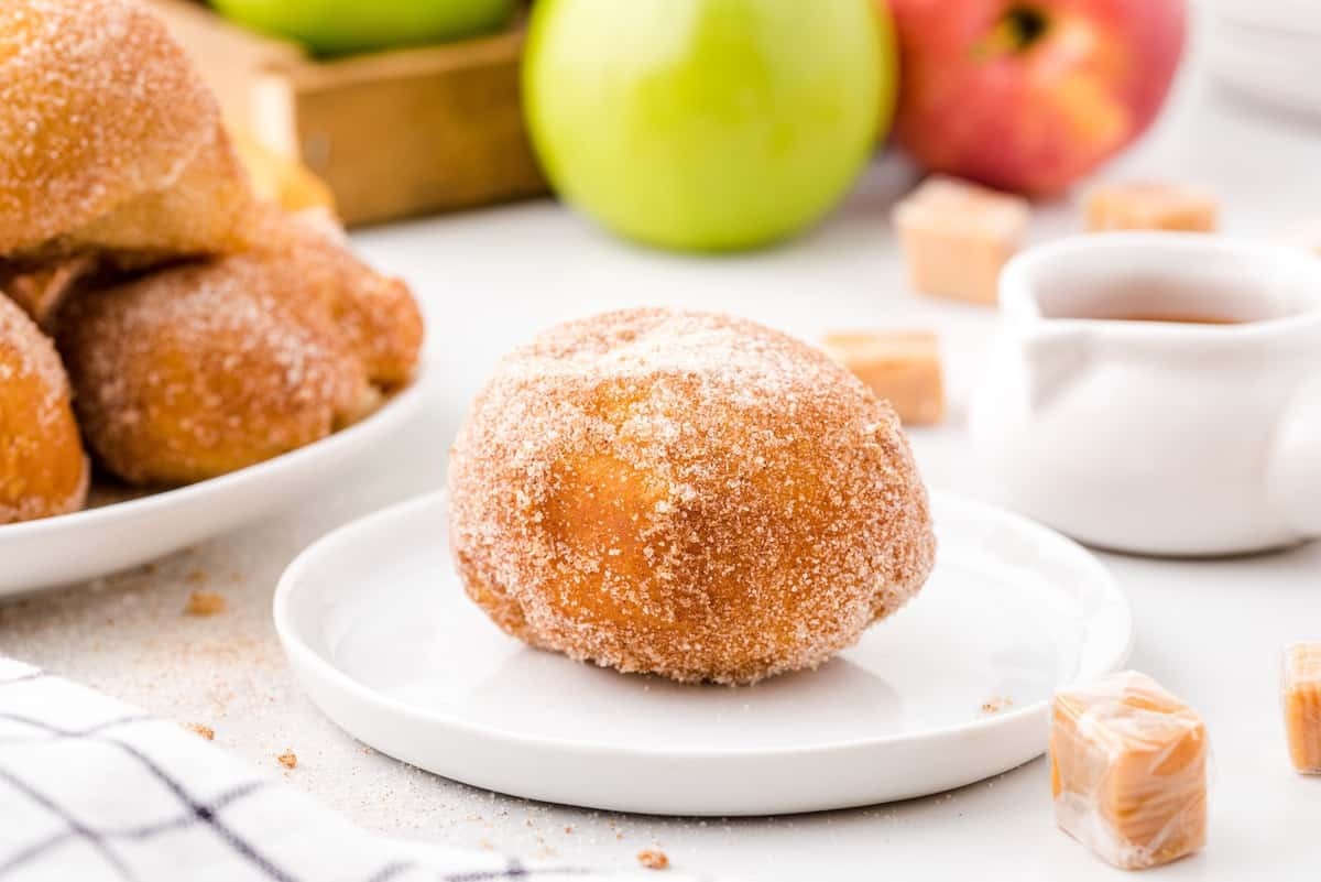 apple pie bombs on a plate