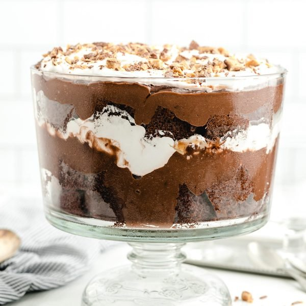 chocolate trifle featured image