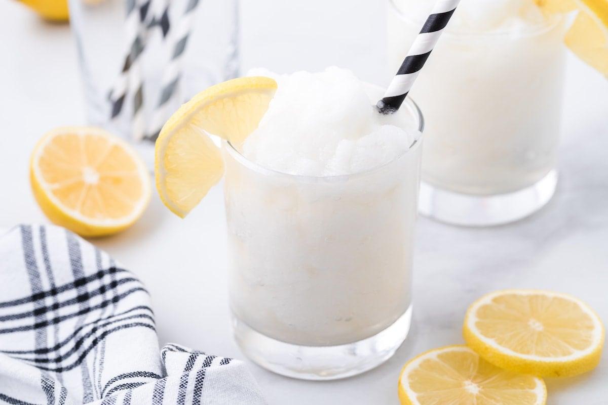alcoholic frozen lemonade in a glass