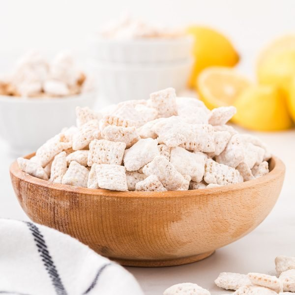 lemon puppy chow featured image