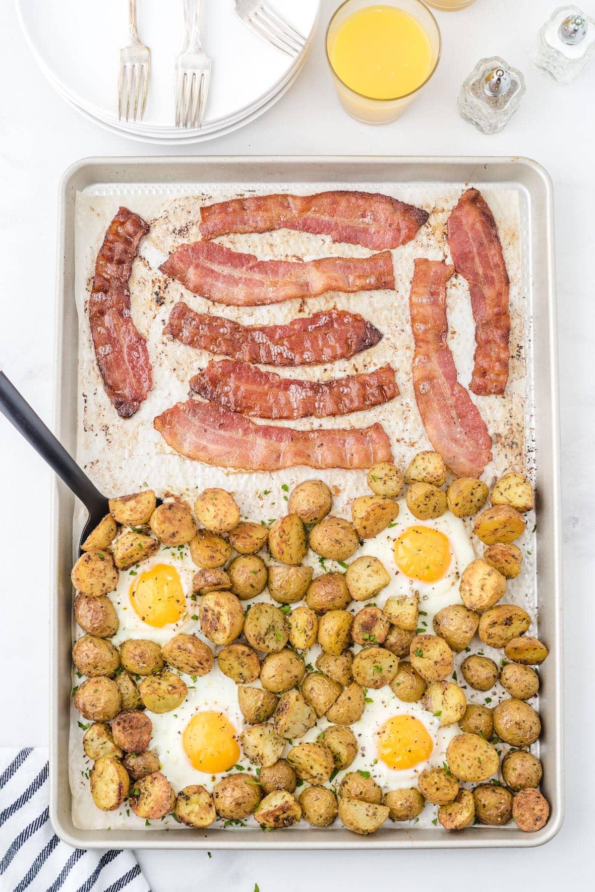 Sheet Pan Breakfast hero image