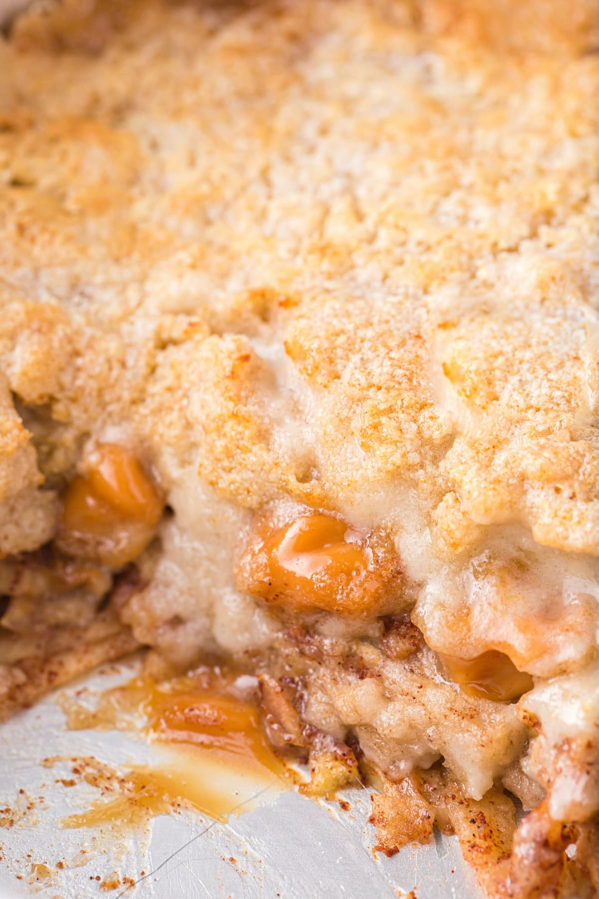 showing the inside layer of apple dump cake