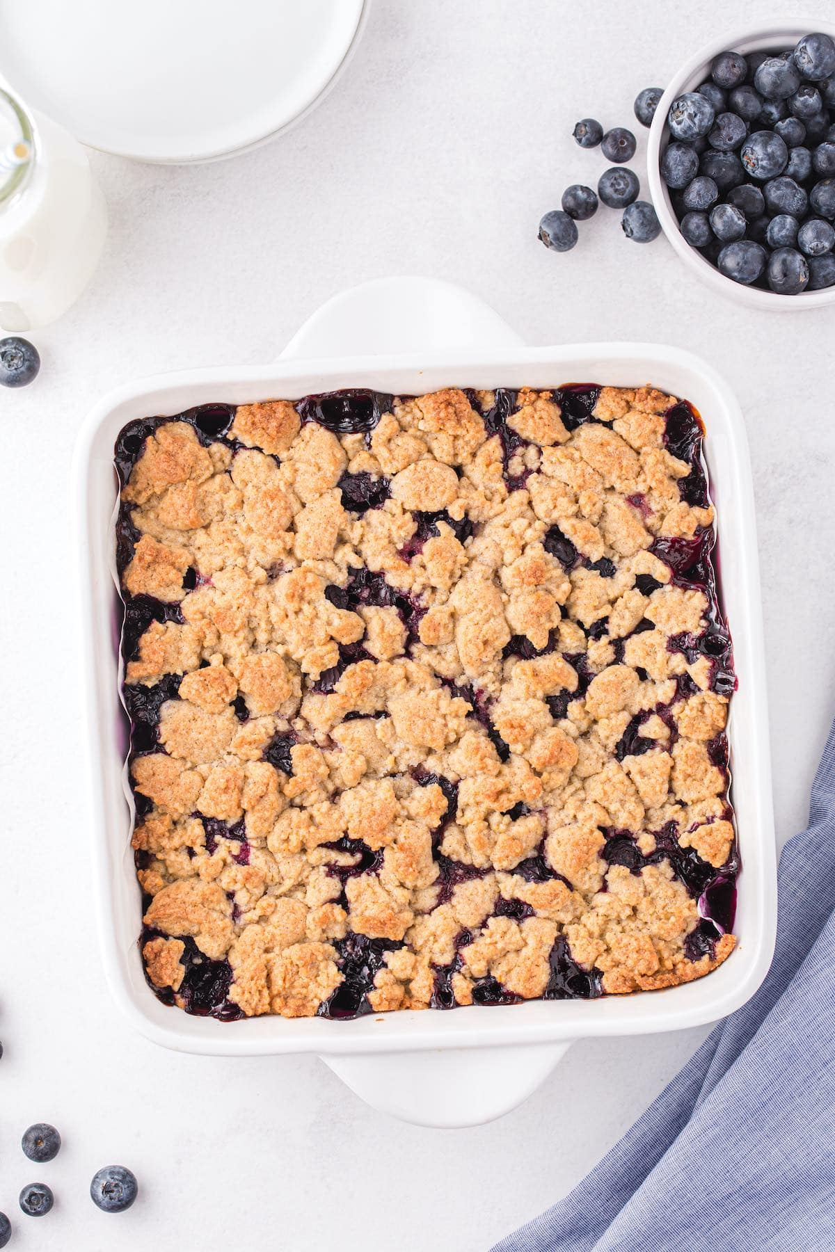 baked blueberry crumb bars