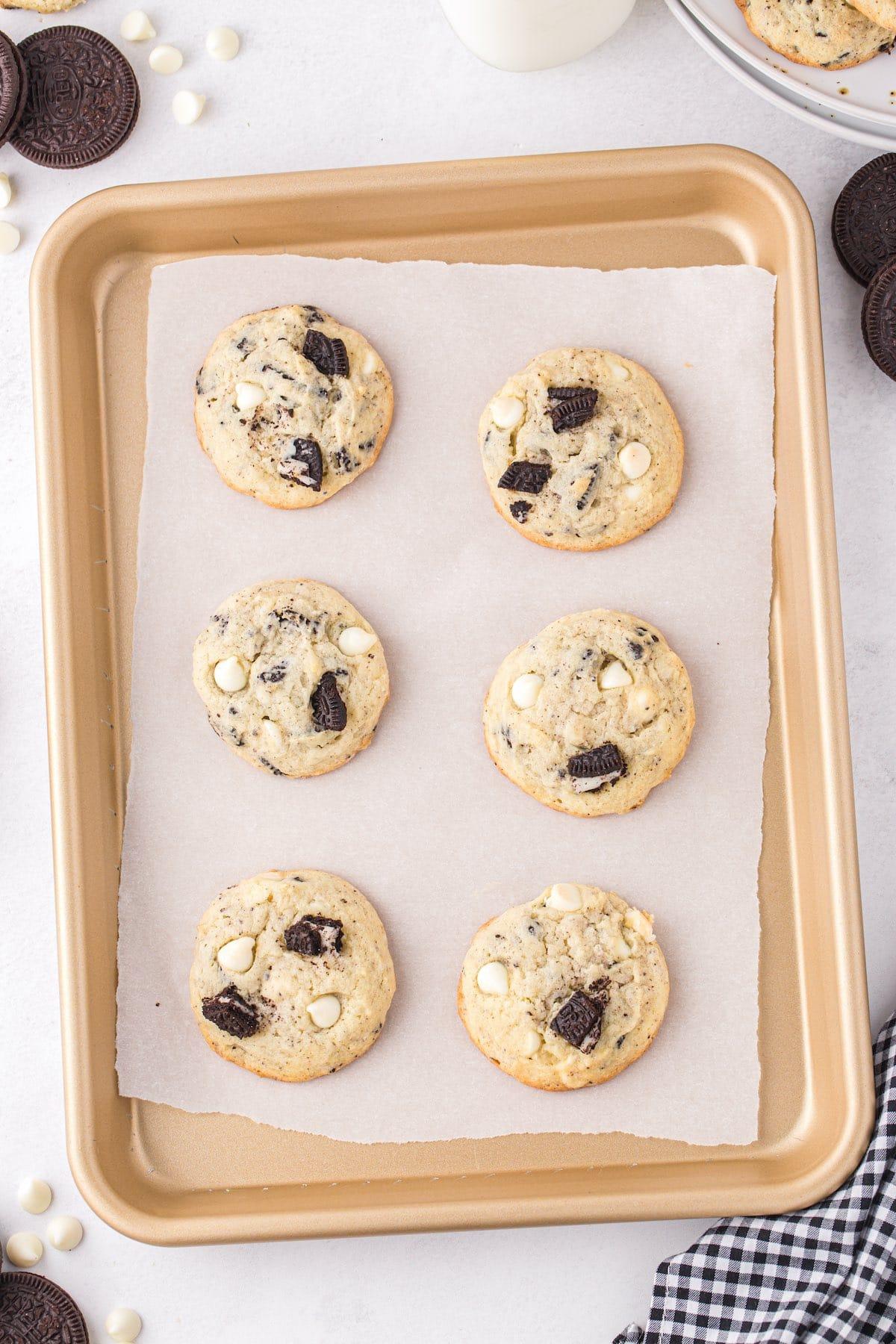 baked cookies in baking sheet