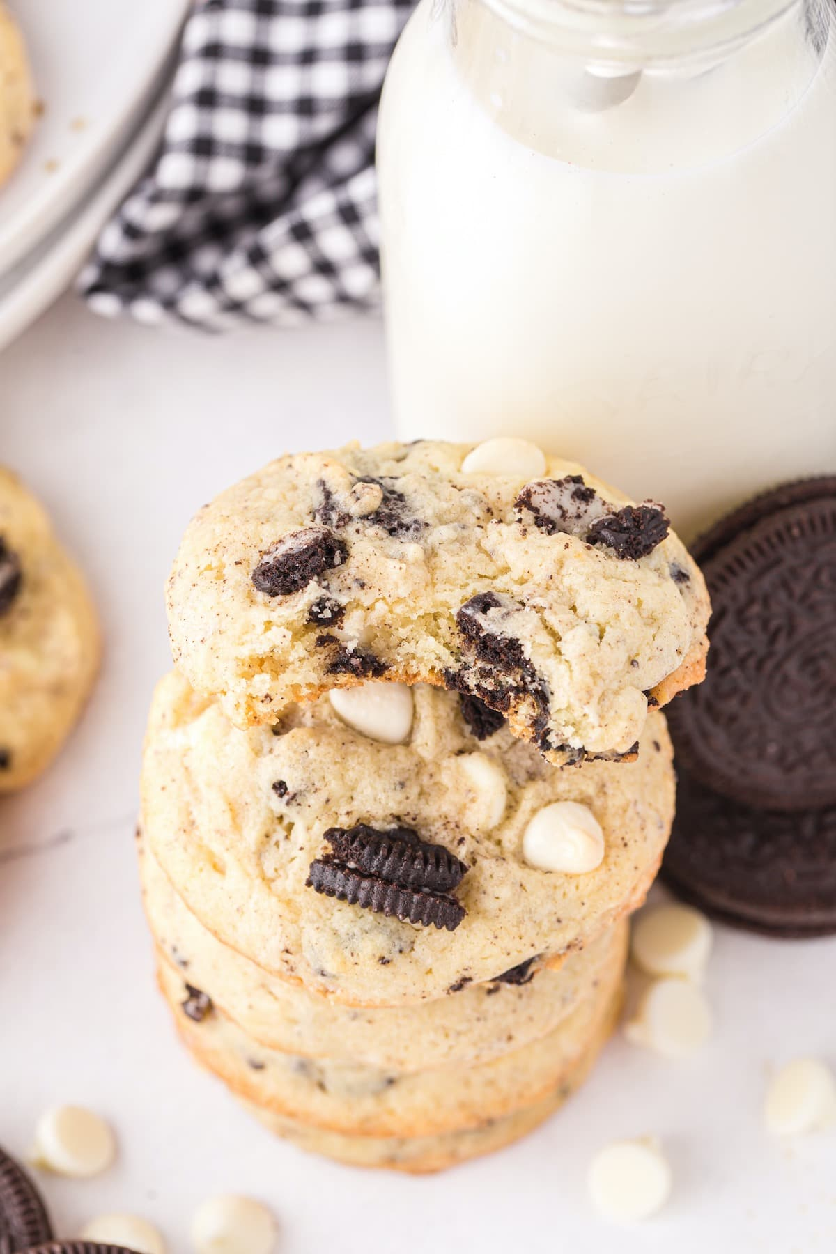 bitten cookies and cream cookies