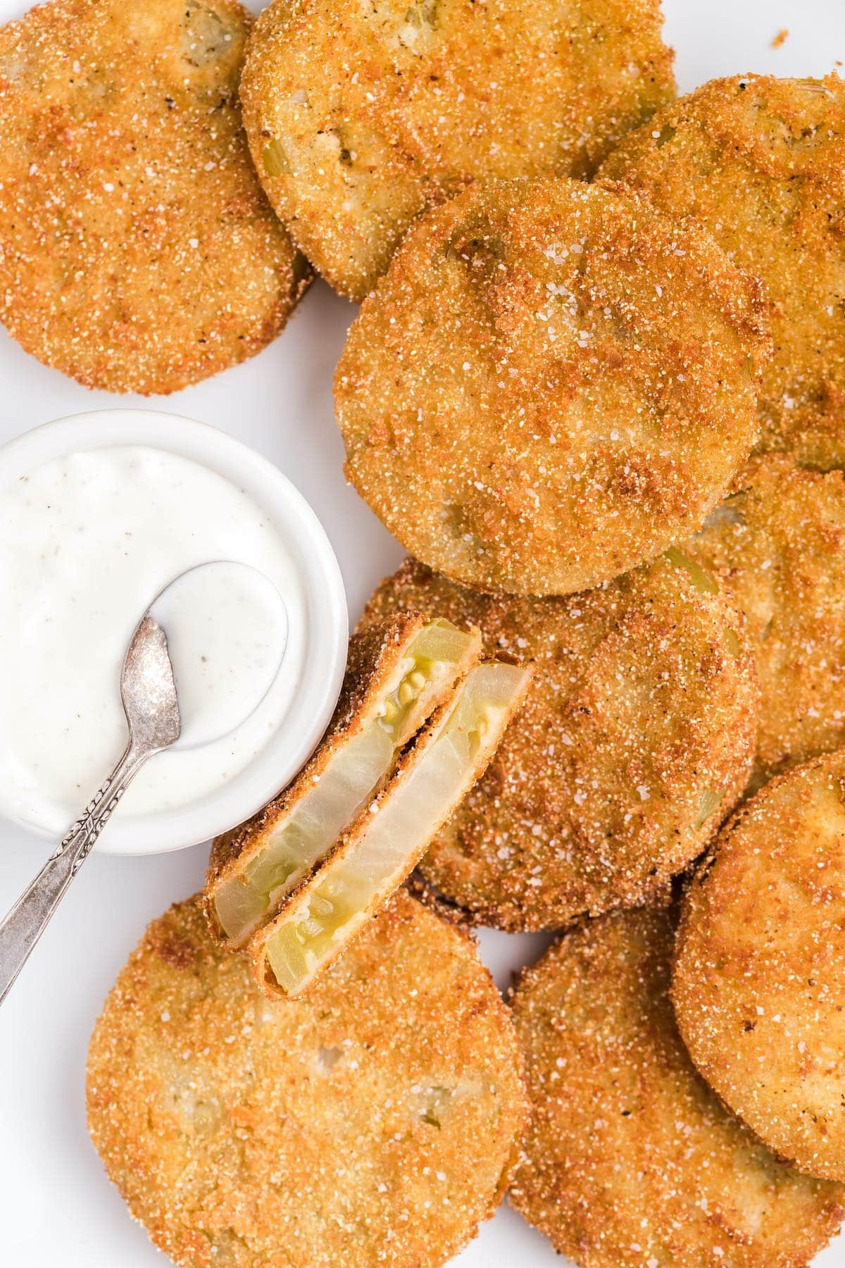 fried green tomatoes served with dipping sauce