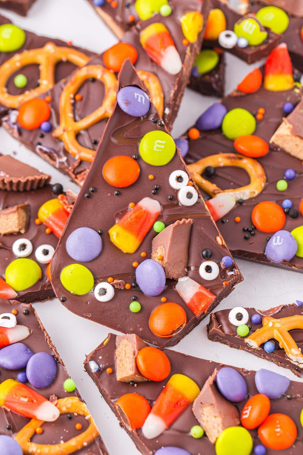 Halloween Candy Bark hero image