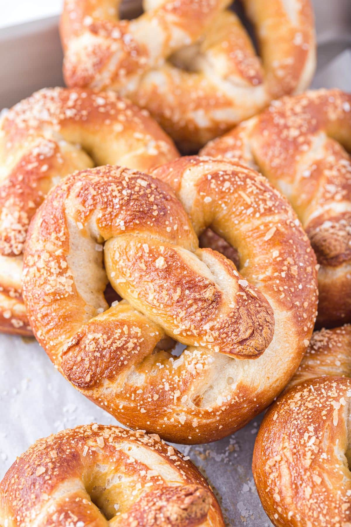 soft pretzels hero image