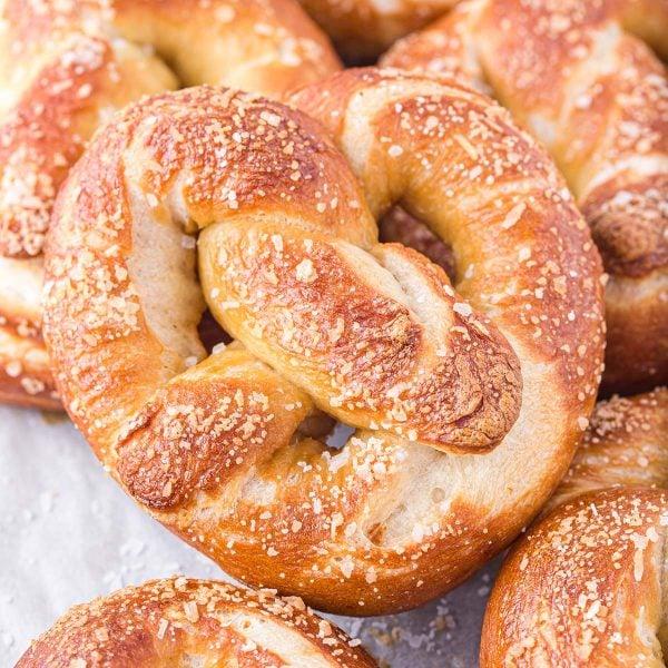 soft pretzel featured image