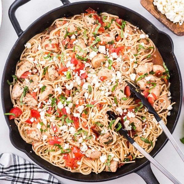 Bruschetta Chicken Pasta feature image