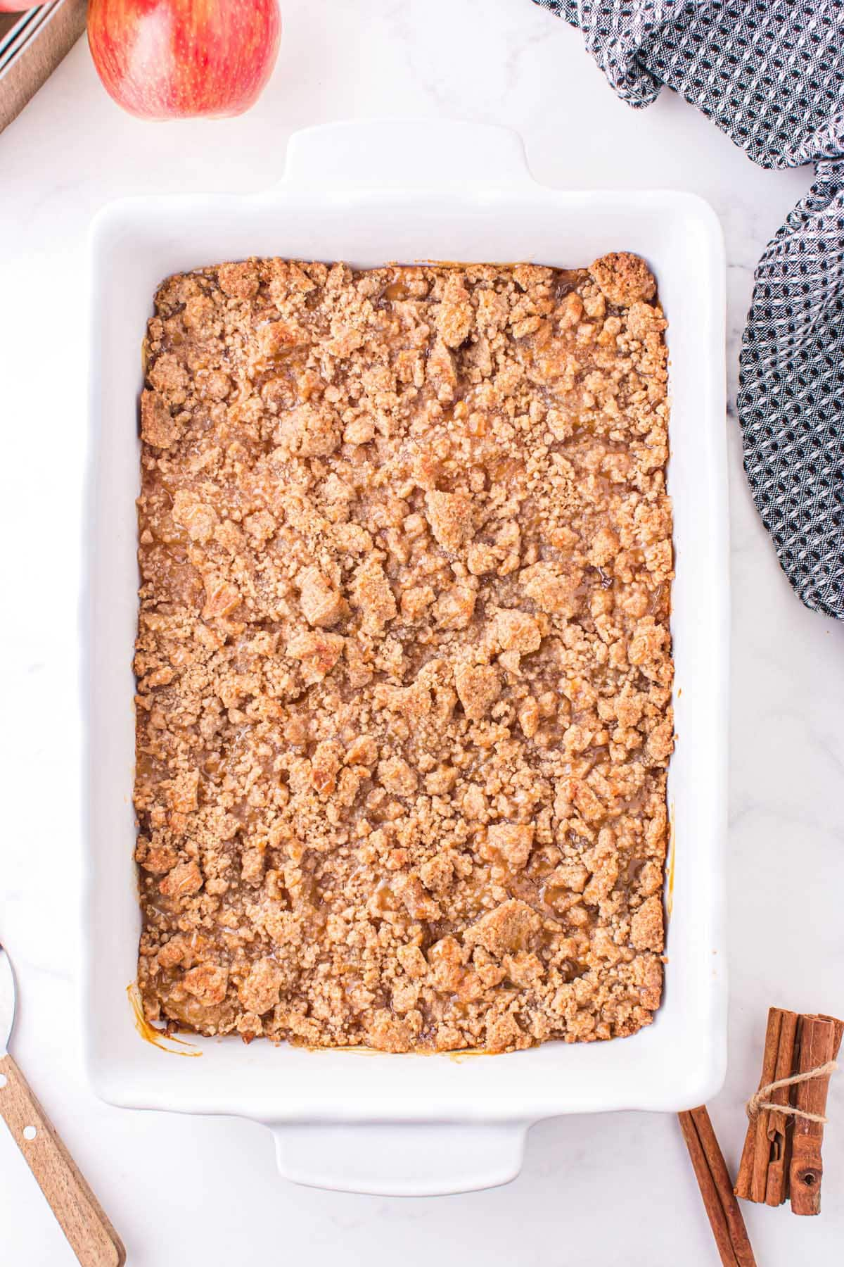 Drizzle caramel syrup over the streusel