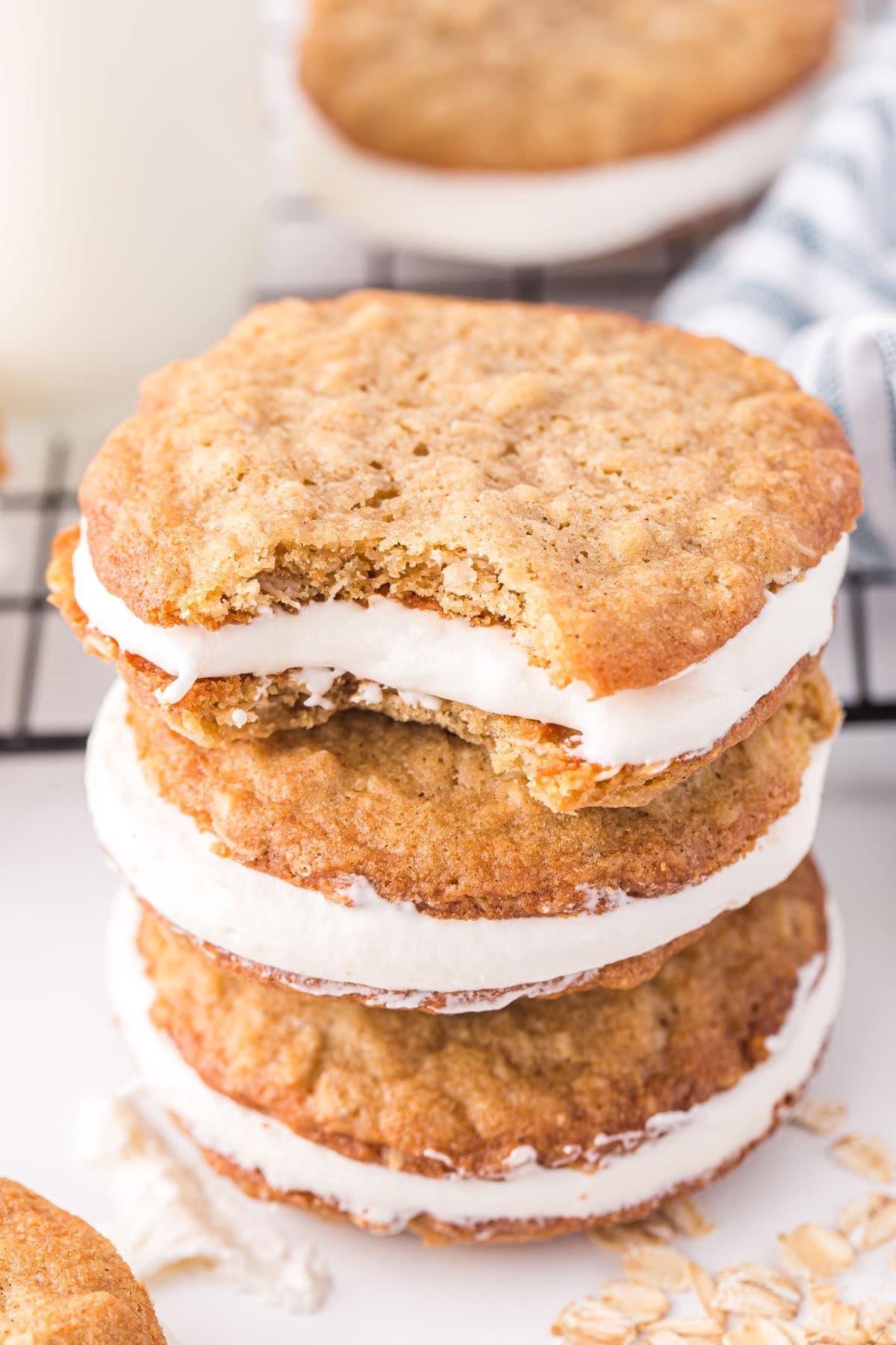 Oatmeal Cream Pie hero image