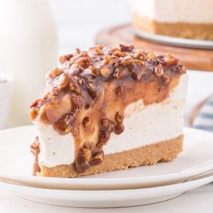 pecan pie cheesecake featured image