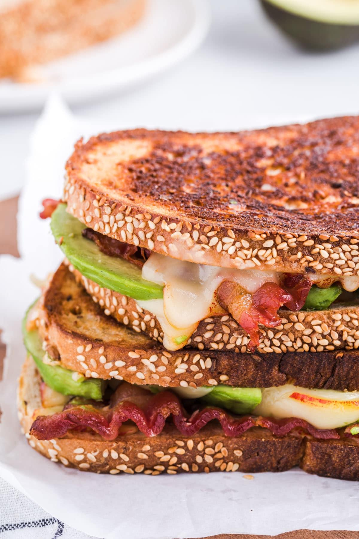 bacon avocado sandwich