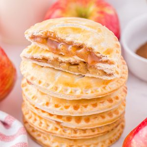 caramel apple hand pies featured image