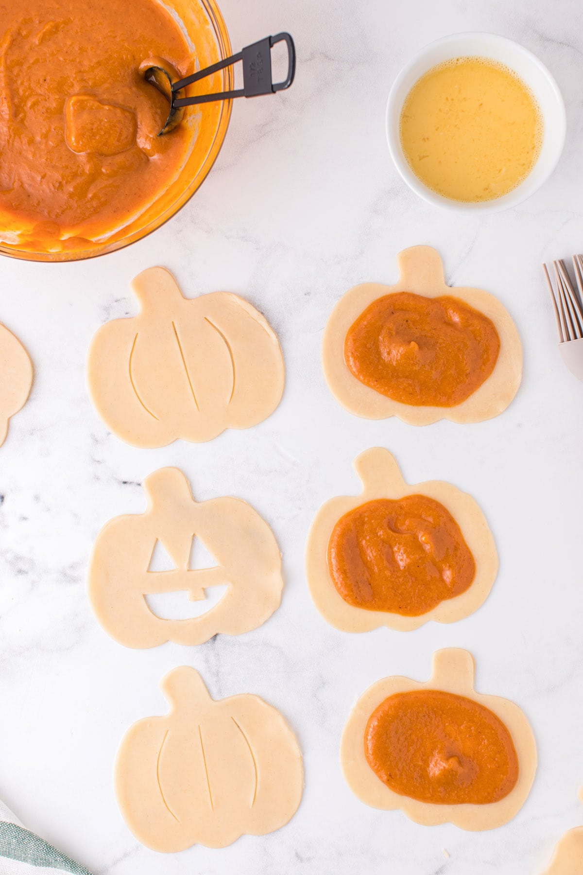Spoon 1-2 Tablespoons of the pumpkin filling