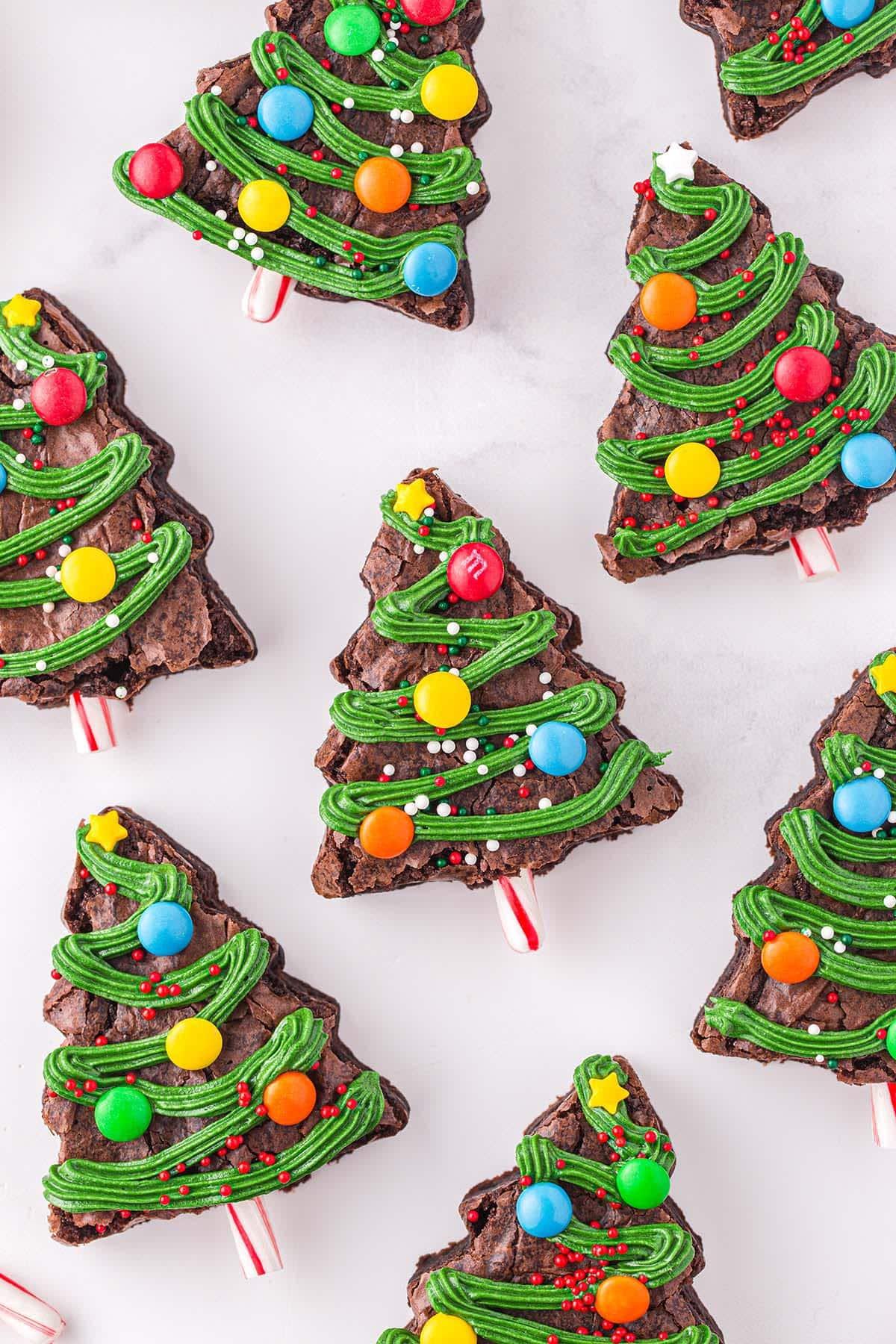 christmas tree brownies hero image